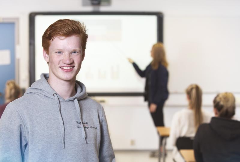 Elev i klasserom